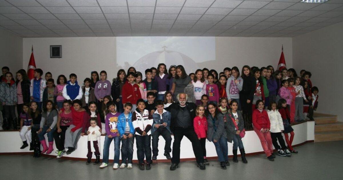 Mehmat Aksoy Arkadaşım Bienal'de