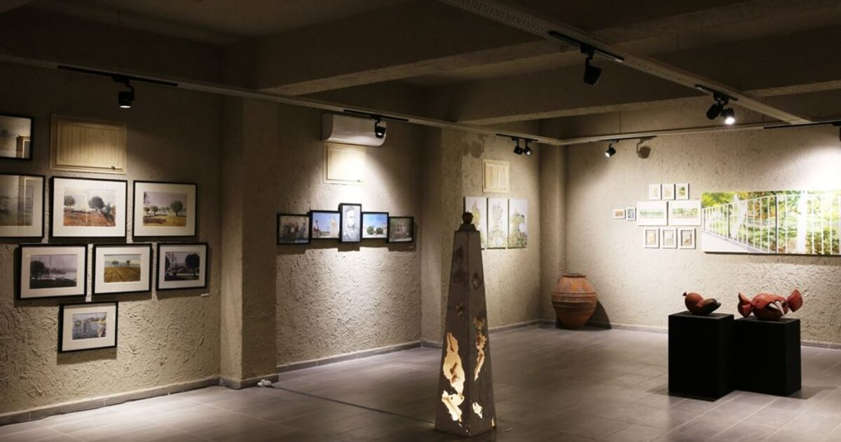 On the Edge of the Past Exhibition